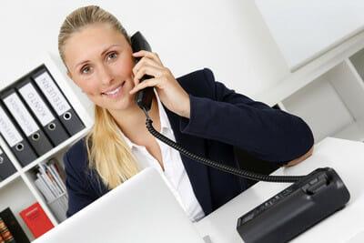Antwort auf Einladung per Mail und Telefon und wie Sie Ihren Termin ganz einfach verschieben können