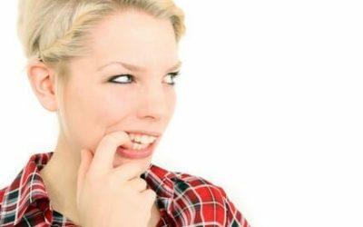 Vorstellungsgespräch Gesten: Stress & Verlegenheit vermeiden