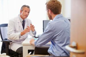 Chefarzt und Bewerber